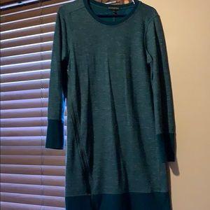 Dress with zipper detail
